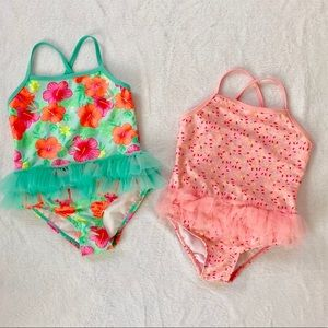 Bundle of 2 bathing suits for toddler girl Size 4